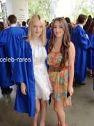 Dakota Fanning / Michael Sheen - Imagenes/Videos de Paparazzi / Estudio/ Eventos etc. - Página 4 Ba1163140873892