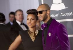 Алиша Киз (Алисия Кис), фото 3039. Alicia Keys 54th annual Grammy Awards - 12/02/2012 - Red Carpet, foto 3039