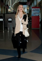 Кристин Каваллари Кавалери, фото 4683. Kristin Cavallari Cavalleri at Los Angeles International, february 19, foto 4683