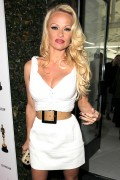 Памела Андерсон, фото 4962. Pamela Anderson Los Angeles Opening of Terrywood by Terry Richardson in LA - February 24, 2012, foto 4962