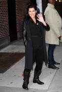 Нелли Фартадо, фото 1468. Nelly Furtado Outside David Letterman Studio - February 23, 2012, foto 1468
