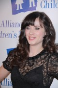 Зуи Дешанель, фото 1740. Zooey Deschanel Alliance For Children's Rights Annual Dinner in Beverly Hills - March 1, 2012, foto 1740