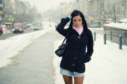 Эшли Балгэри, фото 793. Ashley Bulgari - Walk through the wintry city MQ, foto 793